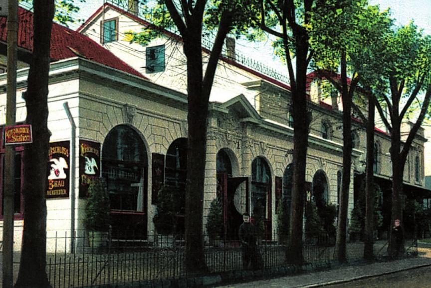 """In M. v. Appens """"Tivoli"""" in der Bahnhofstraße 4 richtete der Soldatenrat sein Hauptquartier ein – auch, weil ein Telefonanschluss vorhanden war FOTO: THOMAS MÜLLER, EDITION 1301 ACHT. BAHNHOF-KIRCHE-FEUERWEHROBERLAND, BLANKEENESE SD."""