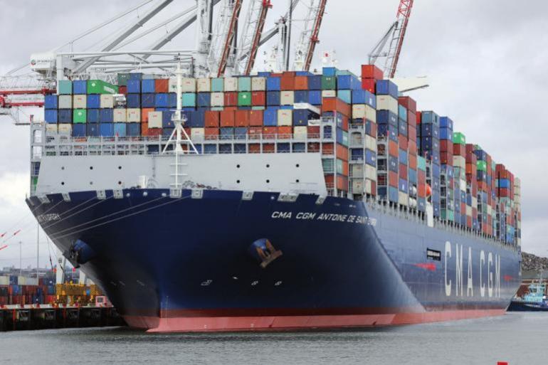 """Die """"Antoine de Saint Exupéry"""" kann 20.000 Container befördern"""